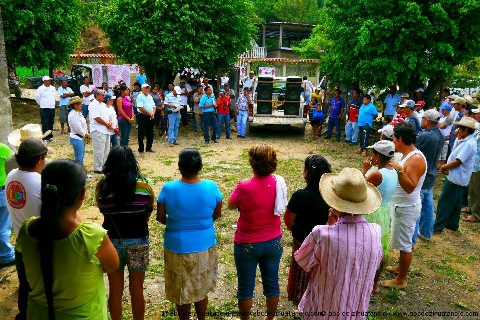 Reconocen en la comunidad de corrales que Jorge  Ramírez Espino cumple su palabra