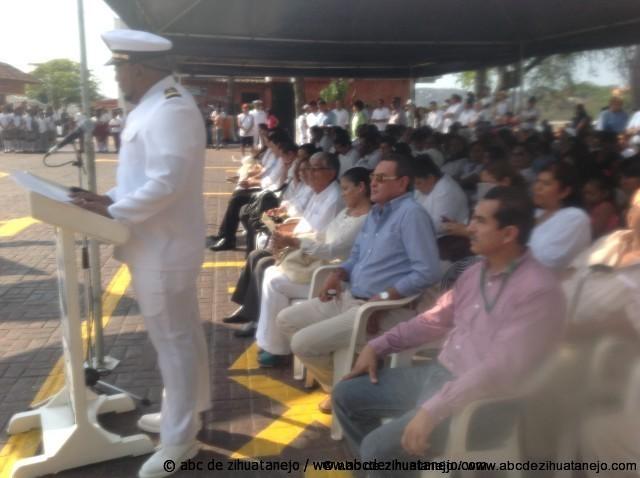 Celebran autoridades Día de la Marina