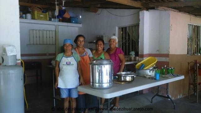 Con xito se abre comedor comunitario en el barrio de la hoja for Proyecto de comedor comunitario