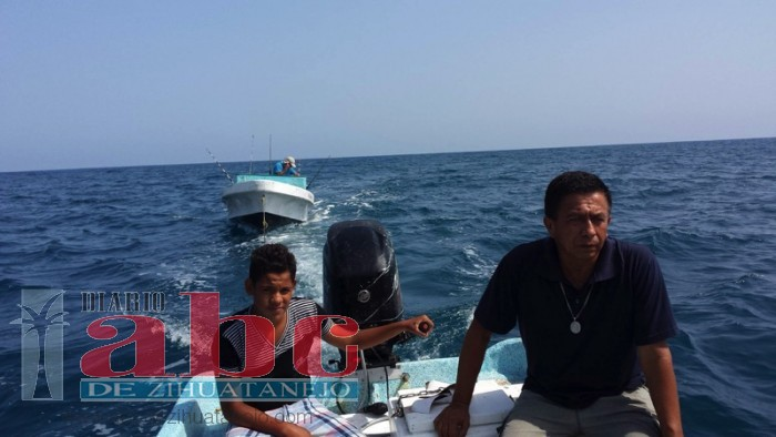 rescate-pescador-zihuatanejo