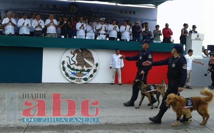 civico-militar-acapulco-desfile_003