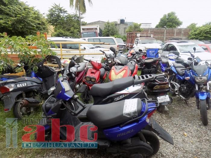 Confiscan 30 motocicletas por diversas irregularidades