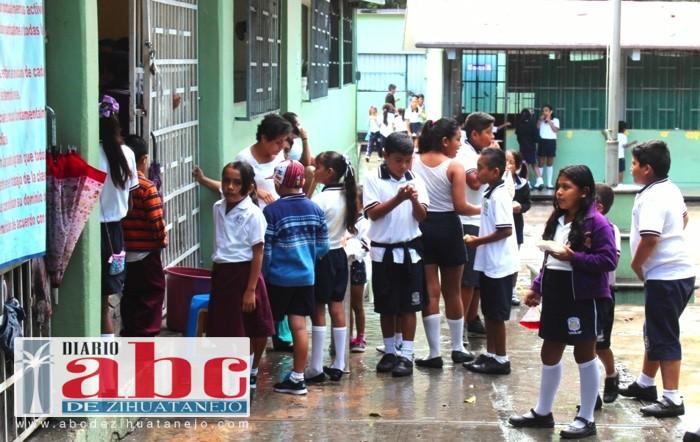 inasitencia-escuela-lluvias_001