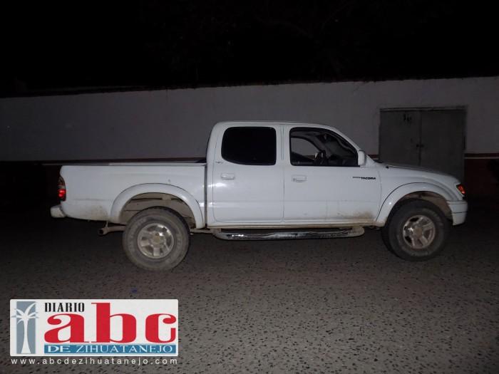 Aseguran camioneta presuntamente robada