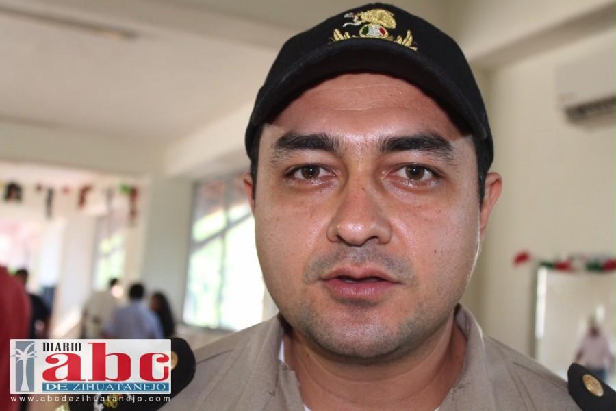 El encargado de despacho de la Capitanía de Puerto, Víctor Hugo Mendoza Otero.