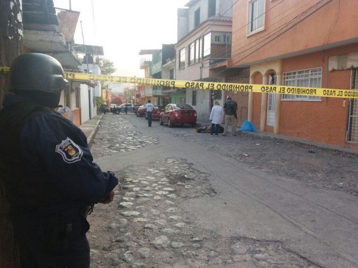 Abandonan un cadáver en la Colonia Progreso de la capital del Estado de Guerrero