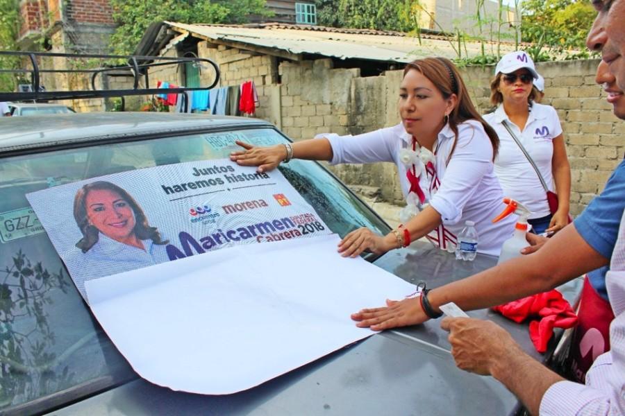 Maricarmen cabrera la morenita camina en cuatro colonias asegur que con su voto ser su - Casas rurales la morenita ...