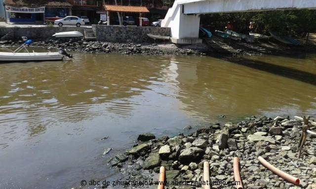 Photo of Personal de Conagua analiza calidad del agua de laguna de Las Salinas