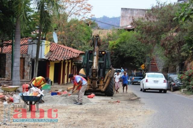 Photo of Lentos y peligrosos los trabajos de la escénica a La Ropa