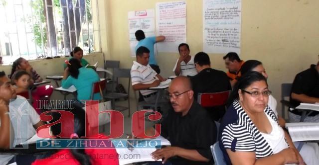 Photo of 300 maestros han desertado de cursos de actualización