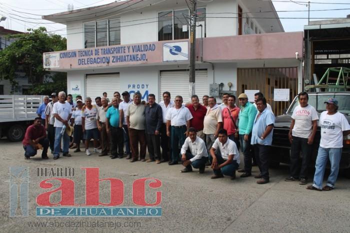 Photo of Hoy podría definirse toma de Delegación de Transporte del Estado