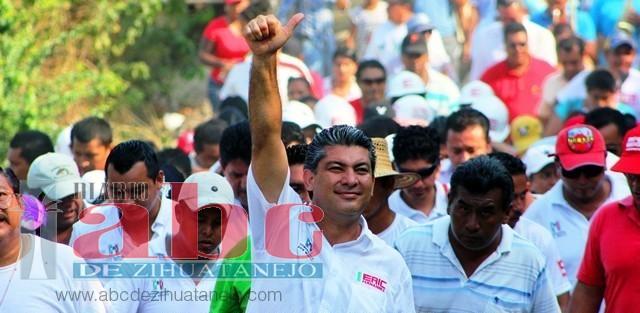 Photo of En promesas, proyectos turísticos del alcalde con licencia, Eric Fernández