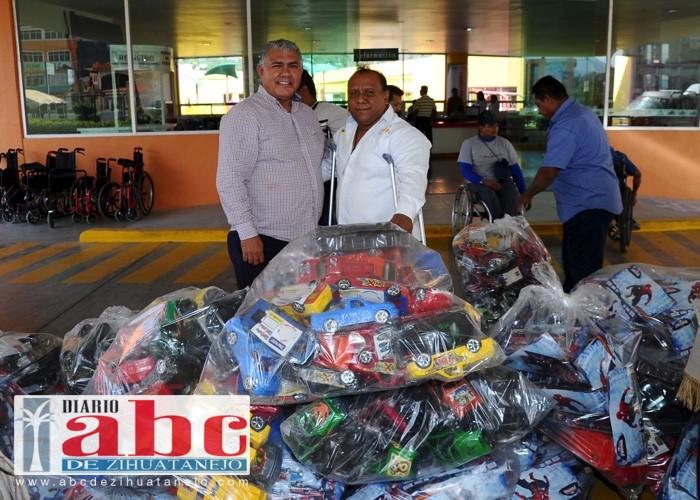 Photo of Directivos del DIF Guerrero entregaron apoyos a integrantes del consejo para personas con discapacidad