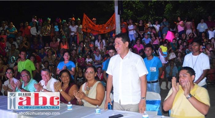 Photo of Alcalde refrenda compromiso con autoridades de la comunidad de El Coacoyul