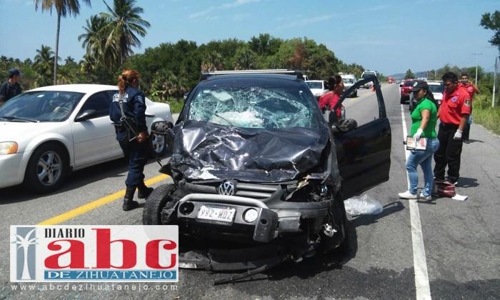 Photo of Turistas del distrito federal, sufren un accidente carretero en Atoyac