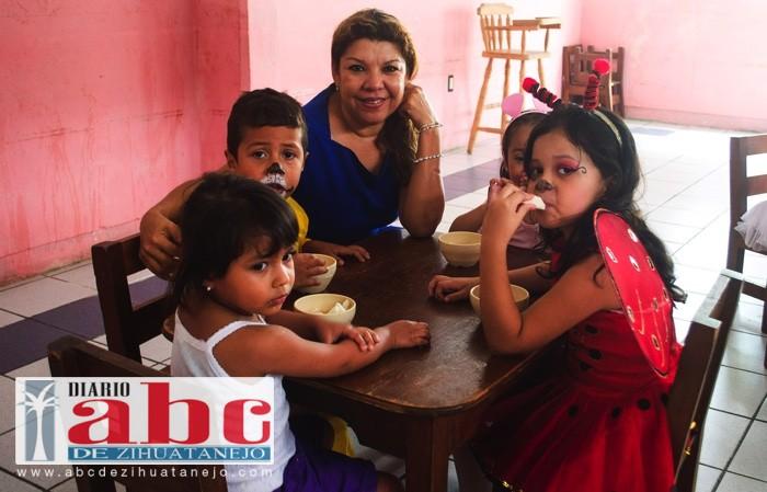Photo of Maricruz Galeana Leyva, presidenta del DIF, visita guarderías del organismo
