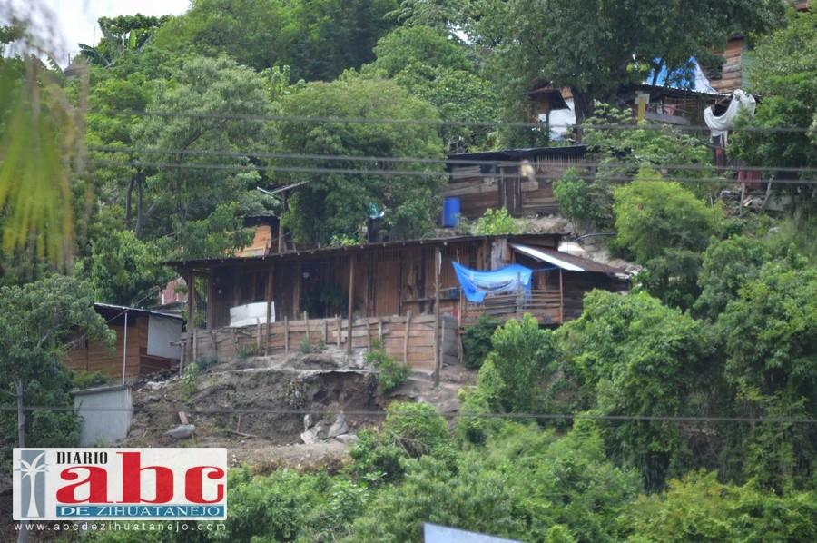 Photo of Habitantes urgen al gobierno ya regularice predios