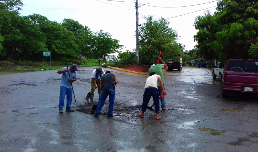 Photo of Rehabilitan acceso principal de comunidad de Pantla