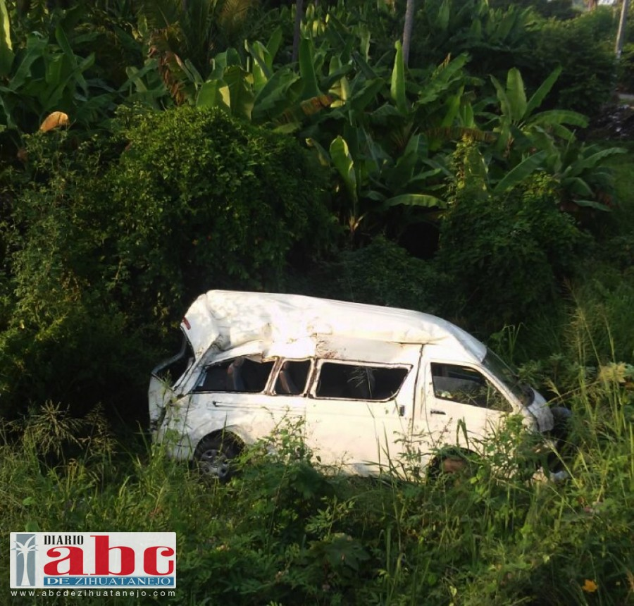 Photo of Volcadura deja el saldo de siete personas lesionadas