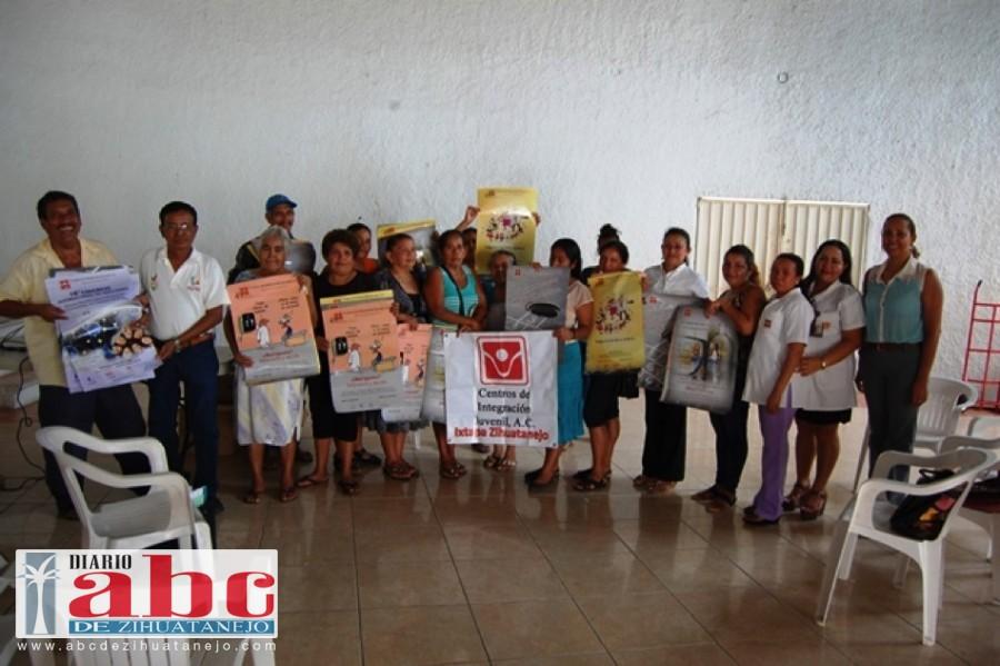 """Photo of Asociación civil y el gobierno de Petatlán, imparten curso preventivo sobre el """"bulling"""" en el municipio"""