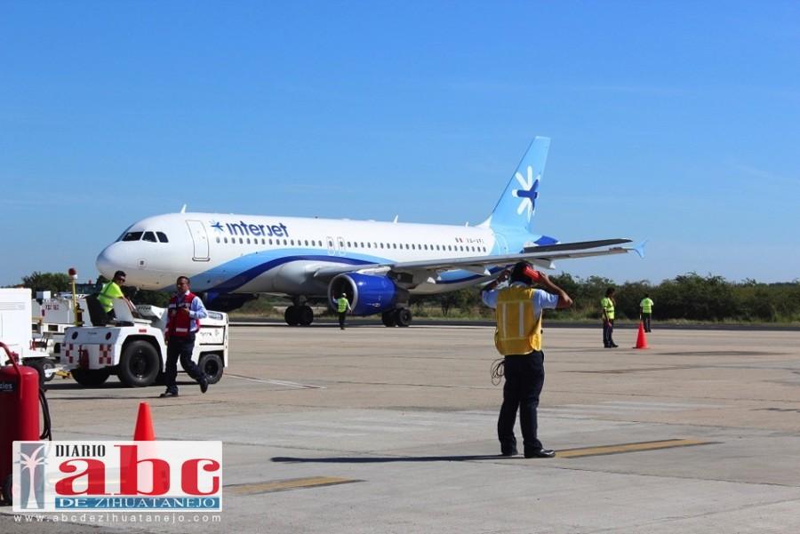 Photo of Suspensión de vuelos de Interjet afecta a turistas