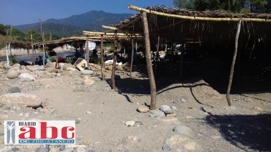 Photo of Olvidado los prestadores de servicios en el río Cuyo-Tomate