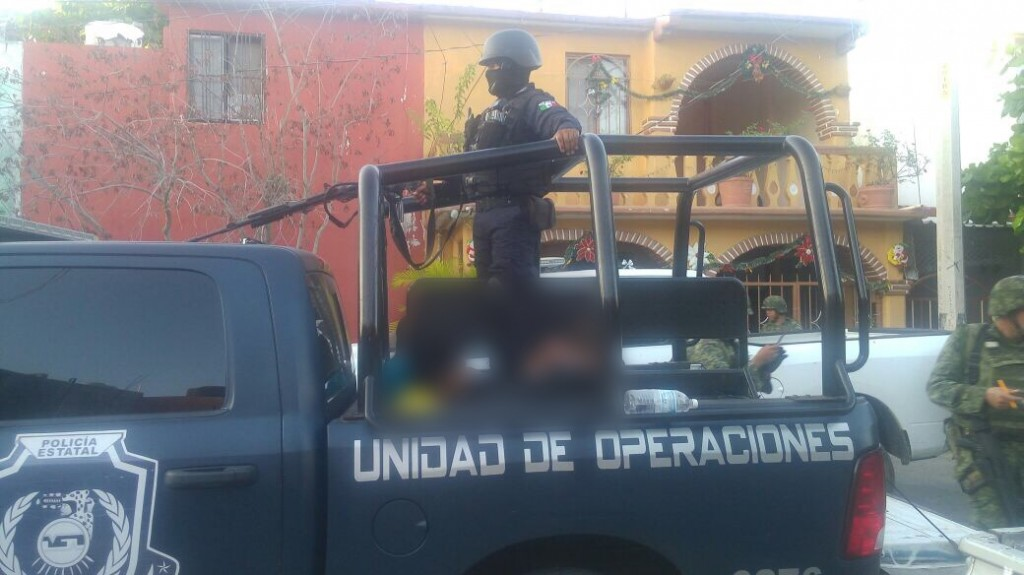 Photo of Detienen a 9 en colonia La Puerta de Zihuatanejo