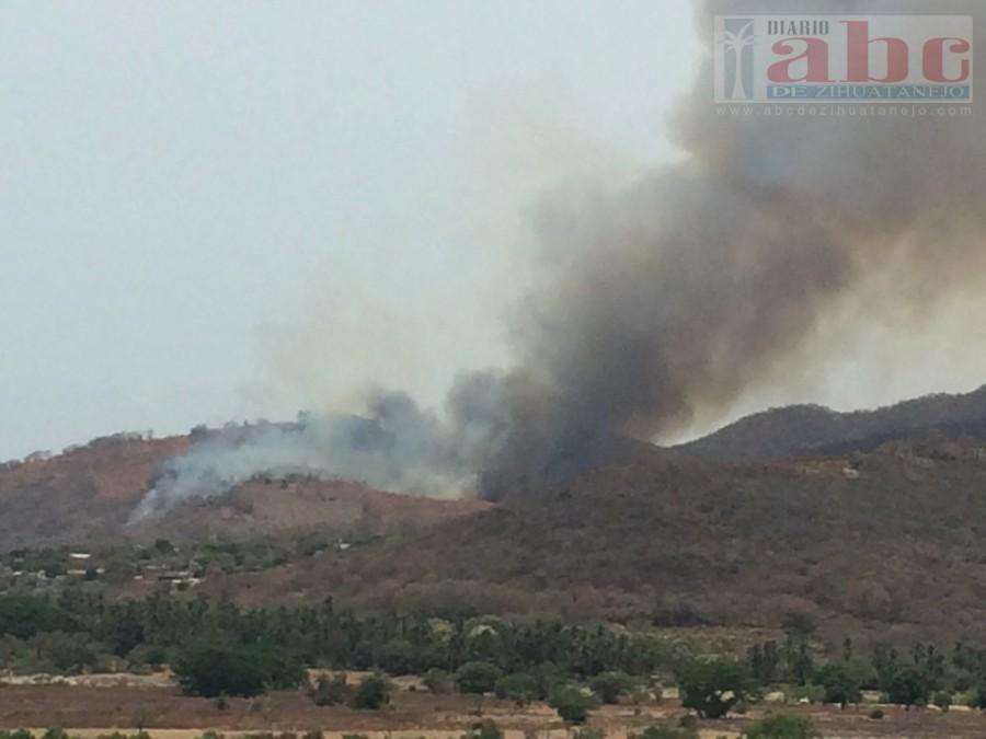Photo of Continúan los incendios forestales en Tecpan de Galeana