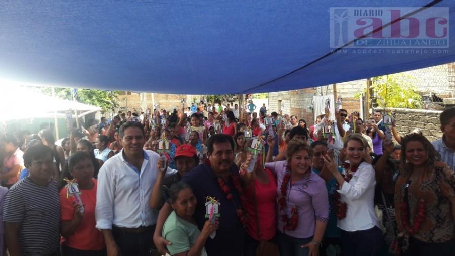 Photo of Entrega sedesol estatal 50 viviendas del programa «un cuarto más»