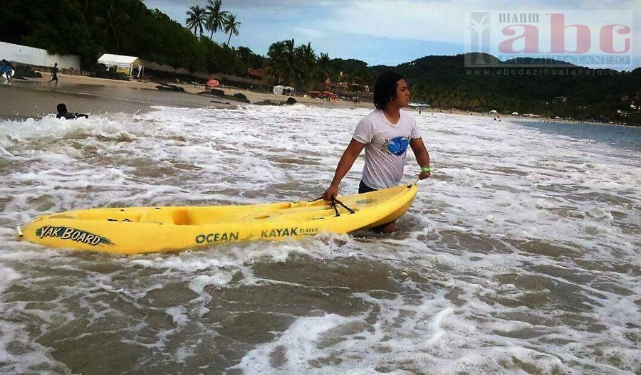 Photo of Organizan travesía en kayak a la Piedra Solitaria