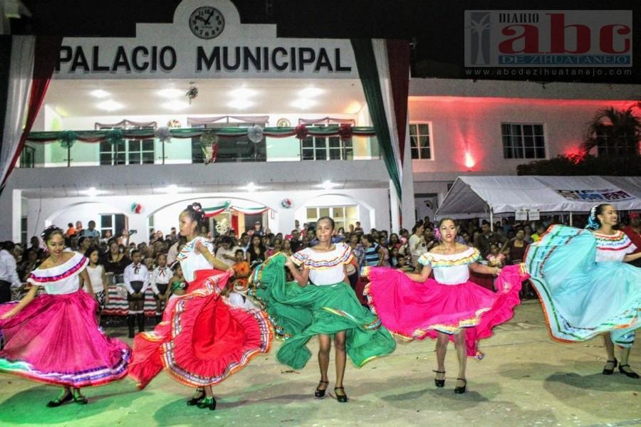 Photo of El gobierno municipal de Petatlan ofrece una gran verbena mexicana al pueblo