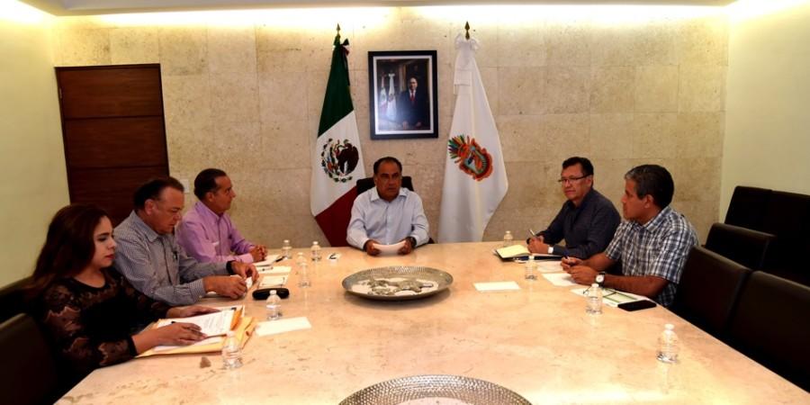 Photo of Evalúa el gobernador Astudillo acciones de la Secretaría de Educación Guerrero