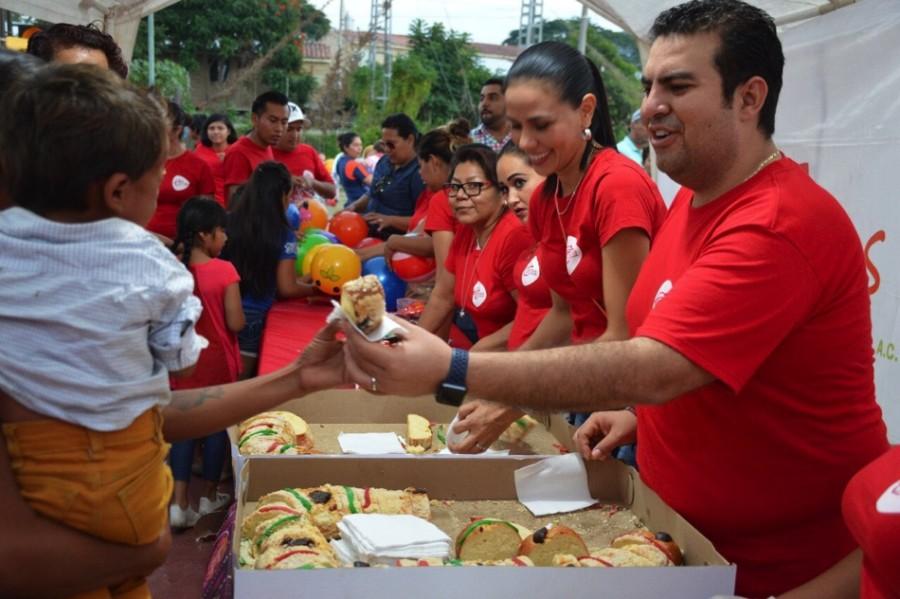 Photo of JSZ festeja el Día de Reyes a más de 2 mil Niños en Zihuatanejo