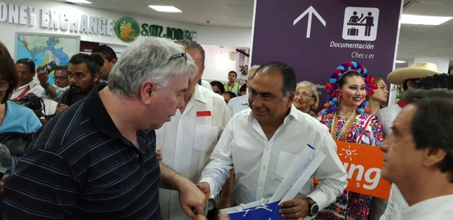 Photo of Recupera el gobernador Astudillo después de 10 años vuelo Montreal – Acapulco