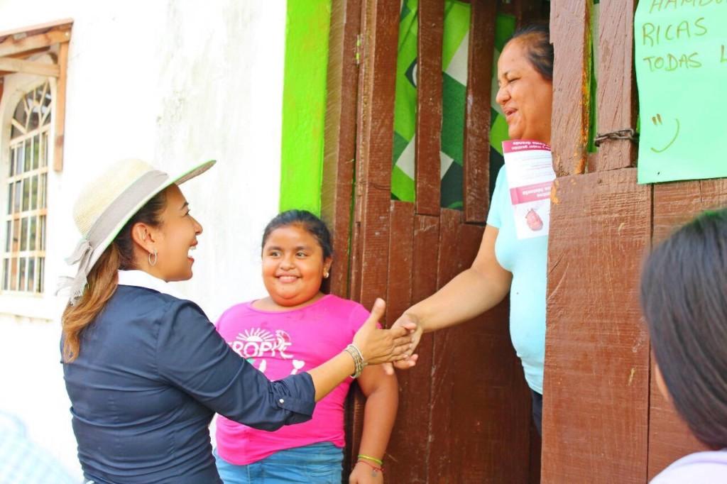 Photo of COMO LES VAN HABLAR DE POBREZA SIN NUNCA LA HAN PADECIDO: MARICARMEN CABRERA LAGUNAS