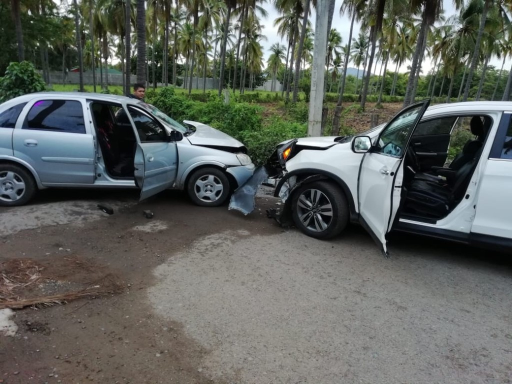 Photo of Fuerte accidente en carretera a Playa Linda
