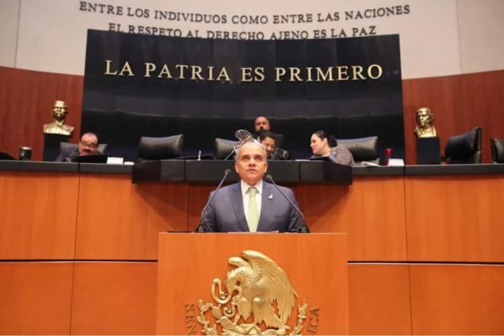 Photo of •El Senador Manuel Añorve Baños propone la legalización de la amapola con fines medicinales  a nombre del Grupo Parlamentario del PRI en el Senado.