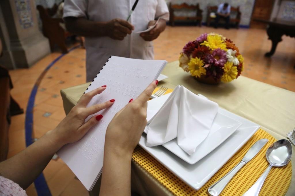 menu-braile---zihuatanejo.jpg