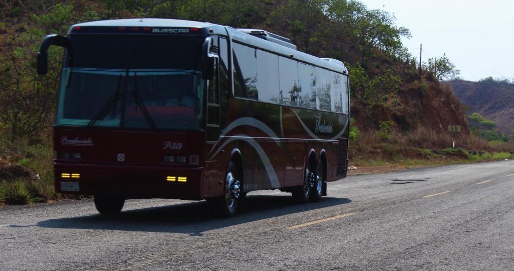 turismo-carretera-zihuatanejo-ixtapa-.jpg