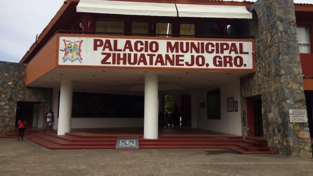 ayuntamiento--zihuatanejo.jpg