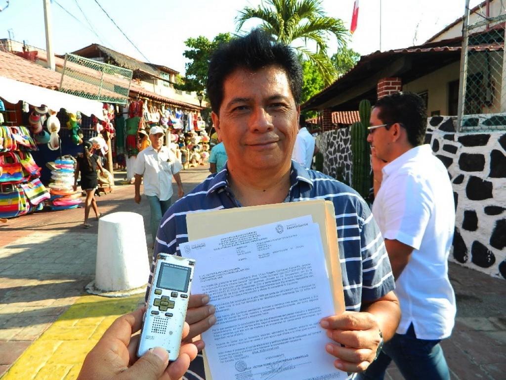 director-victor-primaria-zihuatanejo.jpg