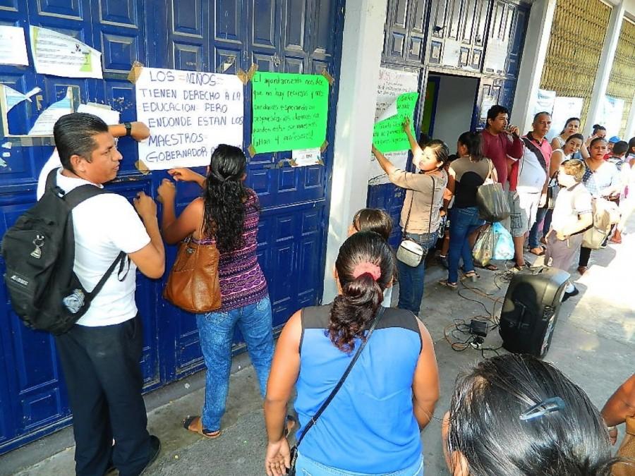 """Photo of Padres tomaron la escuela """"Mateana Orbe"""" de Agua de Correa: Exigen maestros"""
