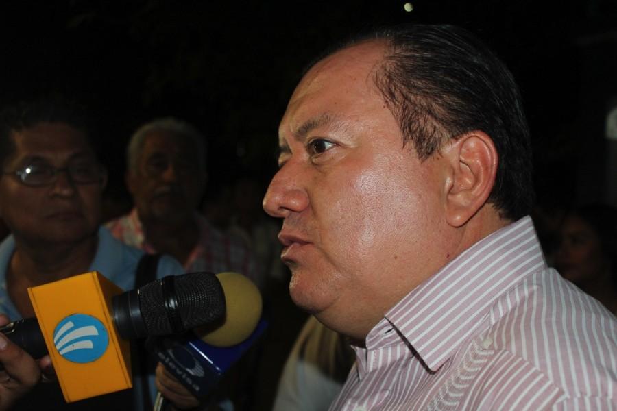 rector-saldania-uagro-zihuatanejo.jpg