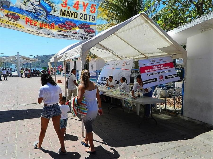 Photo of 69 salvavidas vigilan a turistas durante vacaciones en este destino