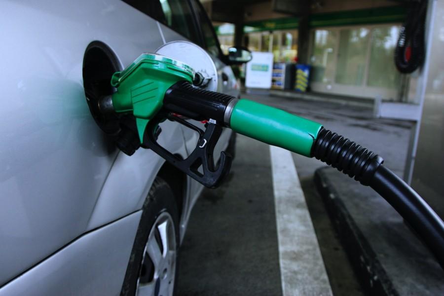 Photo of Transportistas confían en que en este 2019 disminuya la gasolina