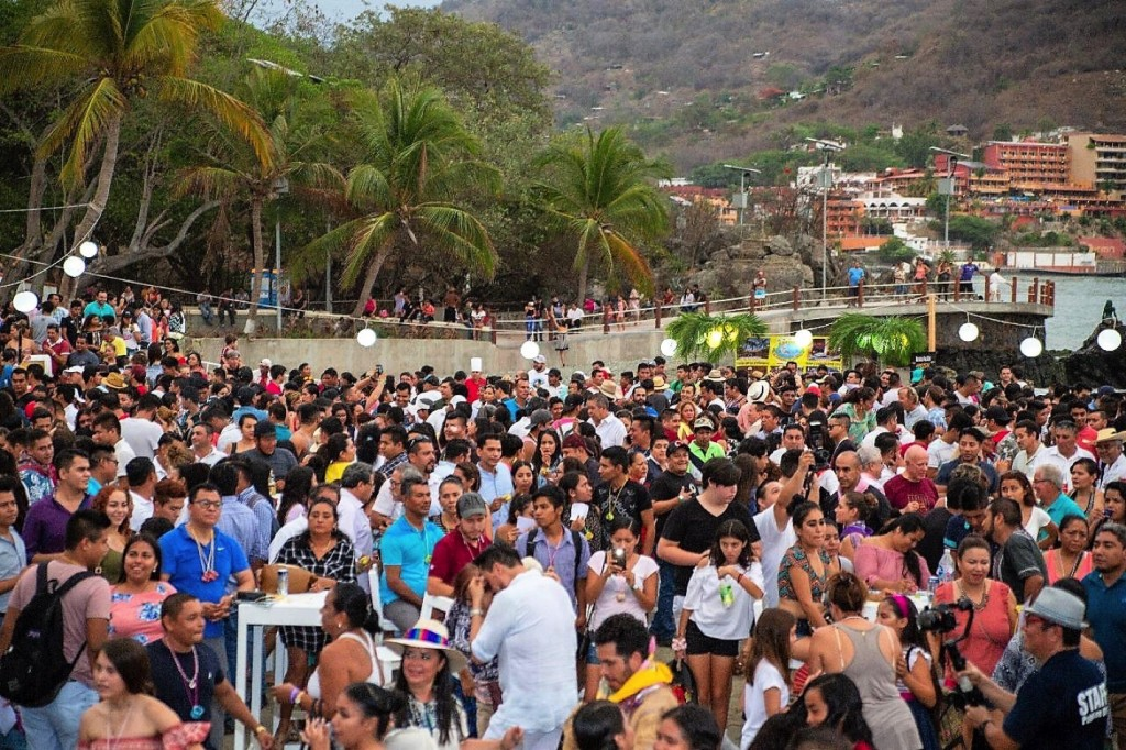 Photo of Todo un éxito 3er Festival del Mezcal pues fue una grandiosa fiesta popular