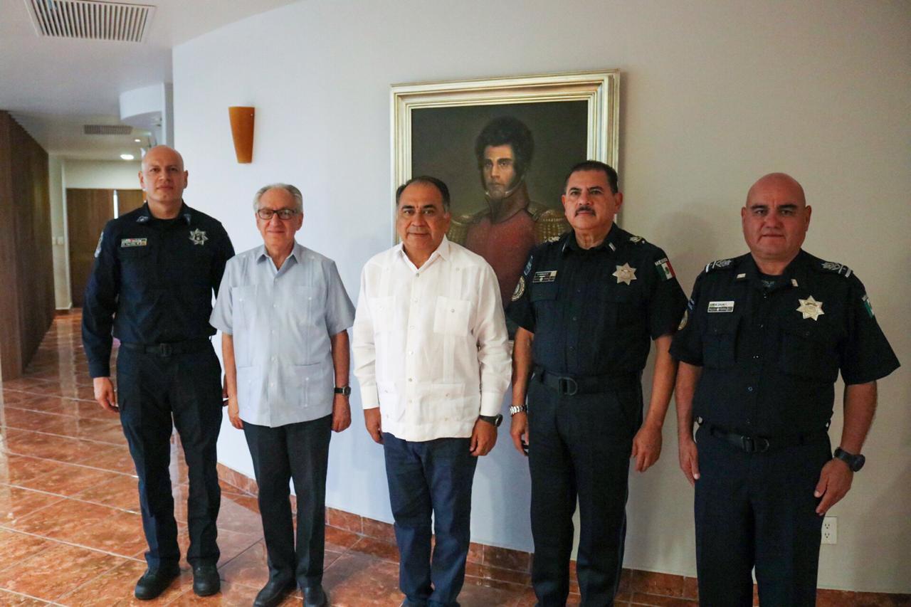 Photo of Recibe el Gobernador, Héctor Astudillo al nuevo Comisario de la Policía Federal, Pedro Radilla Suástegui