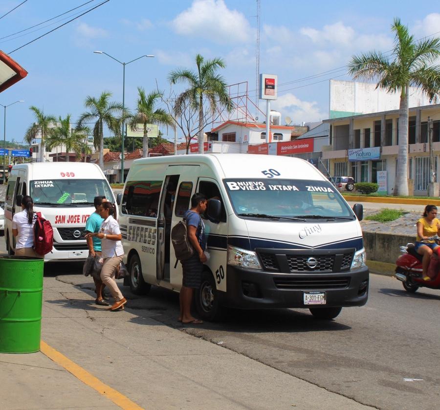 Photo of Todavía no se autorizan nuevas concesiones para el transporte público en Zihuatanejo