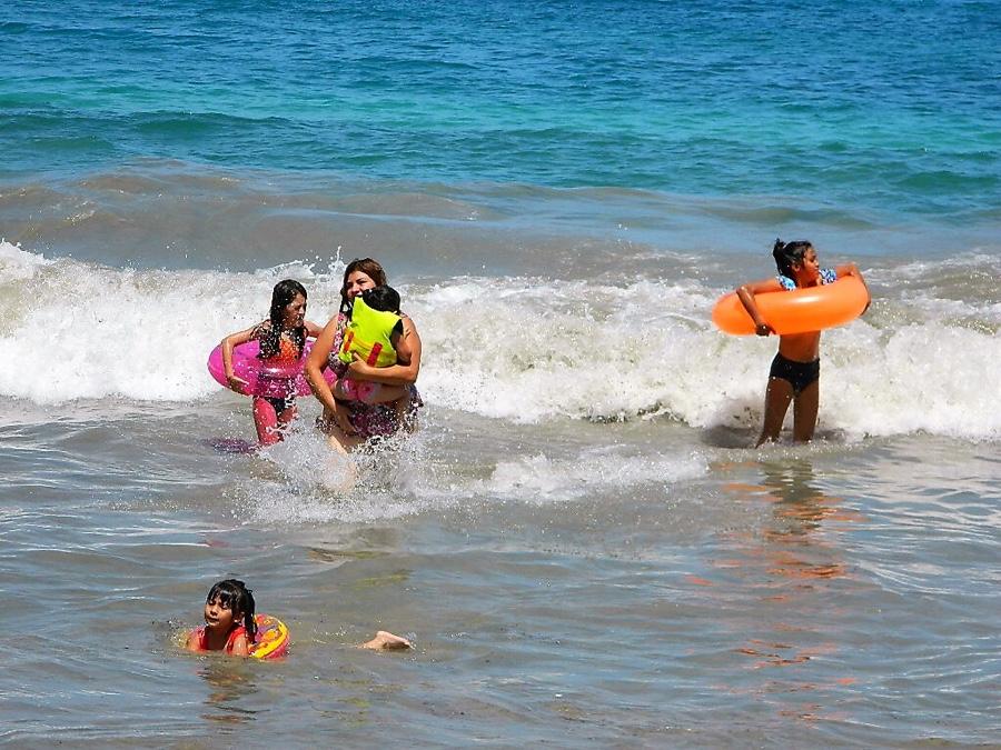 Photo of Sólo el extravío momentáneo de menores en playas se ha reportado