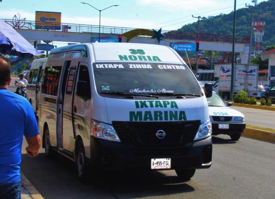 Photo of Se genera problemática transportista en Ixtapa por invasión de rutas